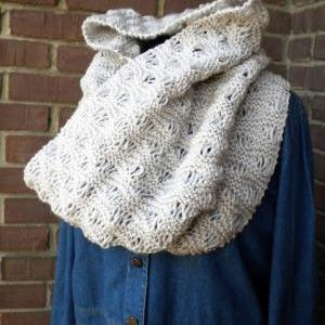 The Midtown Infinity Scarf Knitting..