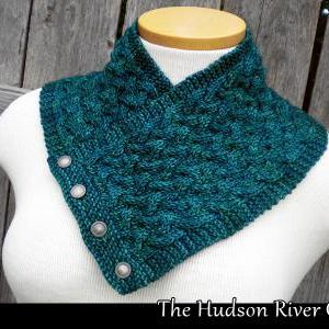 The Hudson River Cowl knitting patt..