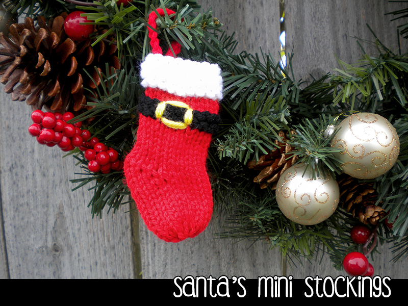 Santa\'s Mini Stockings Christmas Ornament Knitting Pattern on Luulla