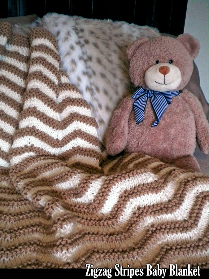 c5e48d4db73 Zigzag Stripes Baby Blanket Knitting Pattern on Luulla
