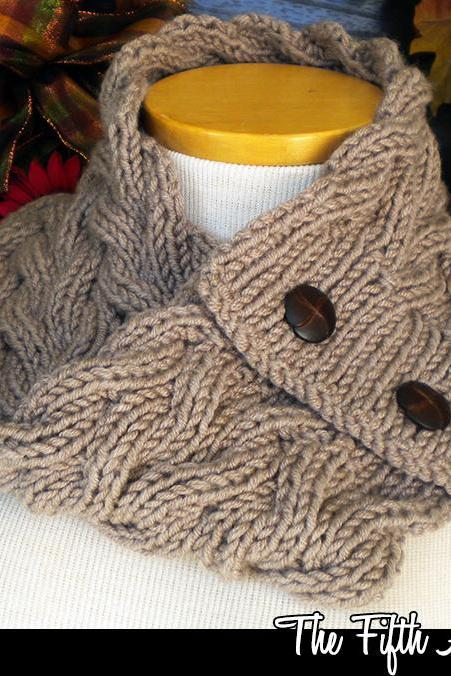 The Fifth Avenue Cowl Knitting Pattern