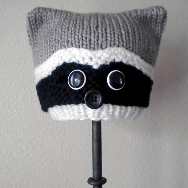 Woodland Raccoon Hat Knitting Pattern